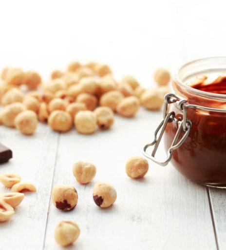 crema di cacao e nocciole